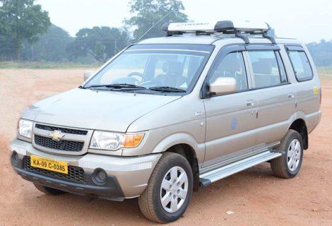Chevrolet Tavera Car rental in Mysore